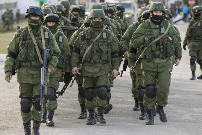 La Russie organise une démonstration de force près de l'Ukraine avec le lancement d'exercices de Crimée