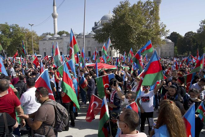 Talks continue between Armenia and Azerbaijan but tricky issues remain