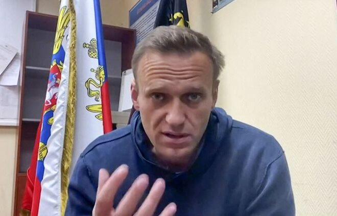 "Alexei Navalny estime que son incarcération a changé son statut en ""terroriste"""